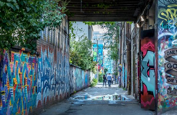 10Graffiti Alley Toronto
