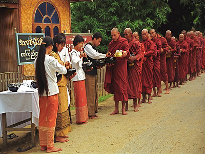 Sara Snyder - Myanmar Monks