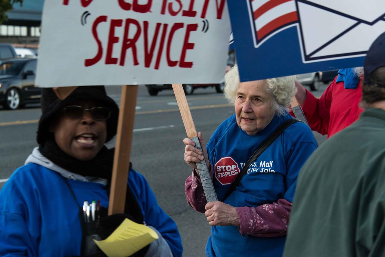 Postal workers  Nov  14, 2014-0179