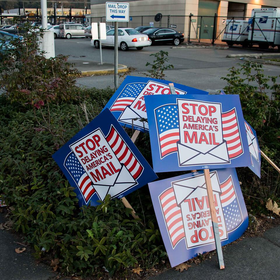 Postal workers  Nov  14, 2014-0262