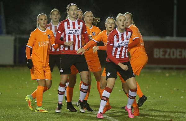 20161118 - Eindhoven - PSV Vrouwen - SC Heerenveen Vrouwen - Lucie Akkermans - Pleun Raaijmakers