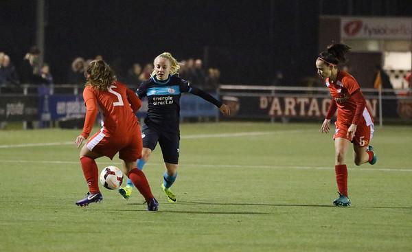 20161216 - Hengelo - FC Twente - PSV Eindhoven - Yvonne van Schijndel
