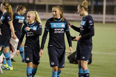 20161216 - Hengelo - FC Twente - PSV Eindhoven - Nadia Coolen - Yvonne van Schijndel