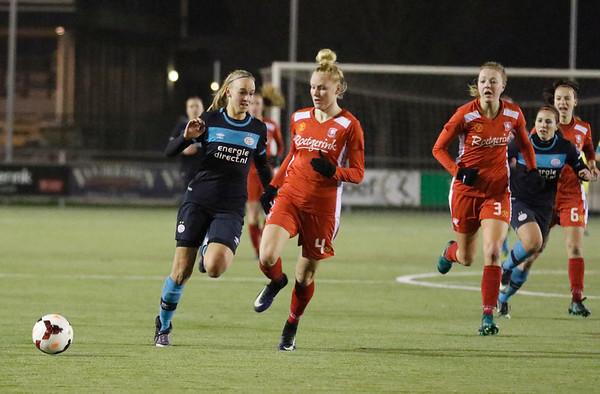 20161216 - Hengelo - FC Twente - PSV Eindhoven - Danique Kerkdijk  - Kirsten Koopmans