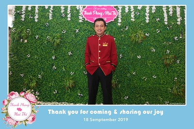 PT-Wedding-instant-print-photobooth-Chup-hinh-in-anh-lay-lien-Tiec-cuoi-Nha-hang-Dong-Xuyen-Long-Xuyen-WefieBox-Photobooth-Vietnam-121