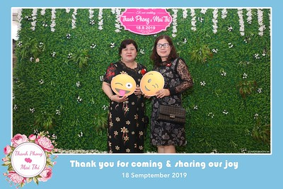 PT-Wedding-instant-print-photobooth-Chup-hinh-in-anh-lay-lien-Tiec-cuoi-Nha-hang-Dong-Xuyen-Long-Xuyen-WefieBox-Photobooth-Vietnam-104