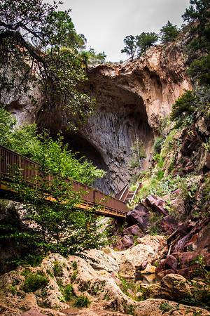 Hiking at Tonto Natural Bridge 9-14