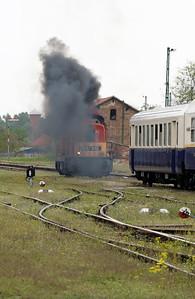478 032 (98 55 0478 032-3 H-START) at Nyirbator on 1st May 2017 working PTG Railtour (4)