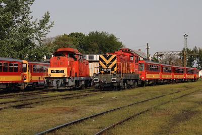478 032 & 448 416 at Nyiregyhaza Depot on 1st May 2017