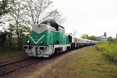 M43 1001 (98 55 0438 001-7 H-MNOS) near Ereco scrap yard on 28th April 2017 working PTG Railtour (12)