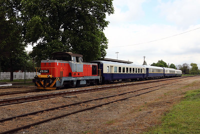 478 304 (98 55 0478 304-6 H-START) at Mezocsat on 29th April 2017 working PTG Railtour (16)