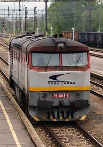751 084 (92 56 1751 084-5 SK-ZSSKC) at Sturovo on 27th April 2017 working PTG Railtour (5)