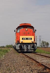 478 032 (98 55 0478 032-3 H-START) between Nagykallo and Kallosemjen on 1st May 2017 working PTG Railtour (13)