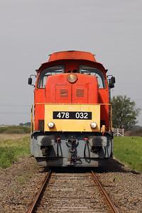 478 032 (98 55 0478 032-3 H-START) between Nagykallo and Kallosemjen on 1st May 2017 working PTG Railtour (14)