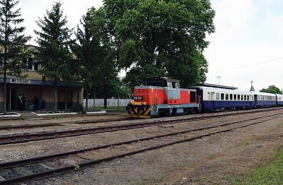478 304 (98 55 0478 304-6 H-START) at Mezocsat on 29th April 2017 working PTG Railtour (18)