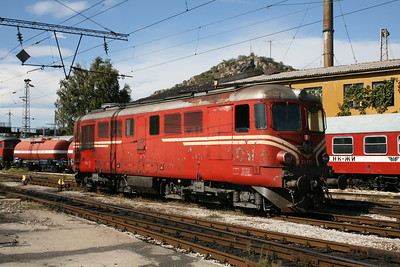 06 066 at Plovdiv Depot on 6th October 2008 (2)