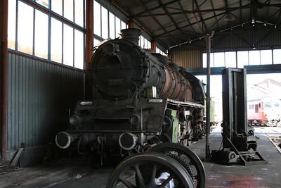 steam, 1425 at Plovdiv Depot on 6th October 2008