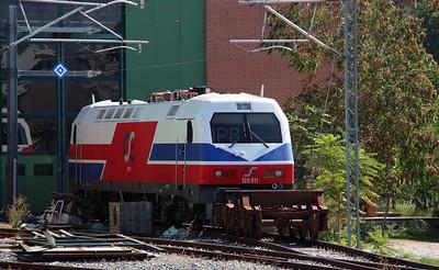 120 011 at Thessaloniki Depot on 19th September 2014