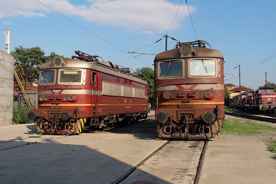 45 166 & 43 552 at Sofia Depot on 13th September 2014 (2)