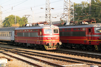 44 096 at Sofia Central on 3rd October 2011