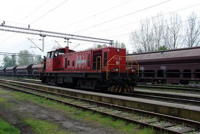 1) 2041 104 (98 78 2041 104-7) at Banova Jaruga on 6th April 2014