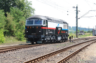 Floyd, 659 002 (92 55 0659 002-3 H-FLOYD ex UK 56 115) at Vacratot on 3rd July 2015 working PTG Railtour (5)