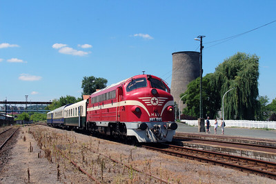 M61 001 at Ozd on 4th July 2015 working PTG Railtour (13)