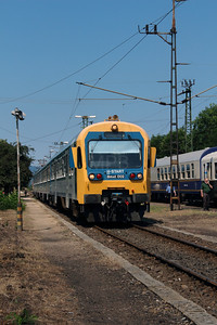 Bmxt 002 (50 55 21 05 002-9 H-START) at Vacratot on 3rd July 2015