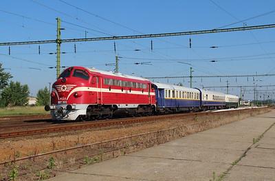 Hungary stock class order
