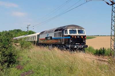Floyd, 659 002 (92 55 0659 002-3 H-FLOYD ex UK 56 115) between Vacratot and Galgamacsa on 3rd July 2015 working PTG Railtour (9)