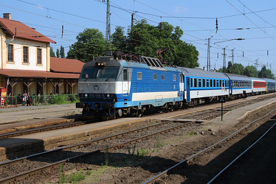 ZSSK, 350 005 (91 56 6350 005-5 SK-ZSSK) at Rakospalota Ujpest on 3rd July 2015 (3)