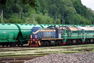 2) TEM2 2719 at Kaunas on 25th May 2013