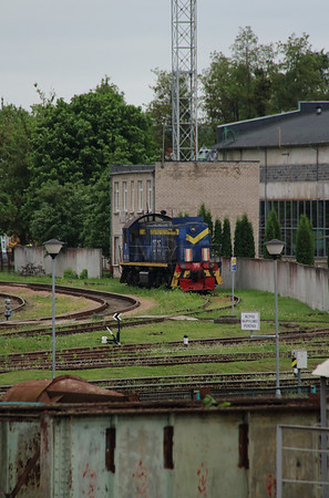 TEM2 2735 at Kaunas on 25th May 2013