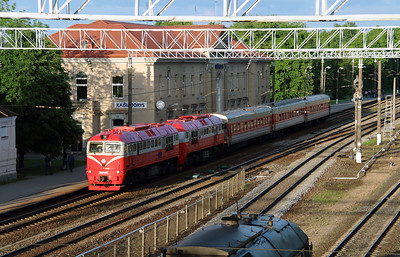 4) 2M62 0569 at Kaisiadorys on 24th May 2013 working railtour