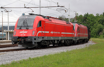 541 102 (E190 102)  at Postojna on 20th June 2010 (5)