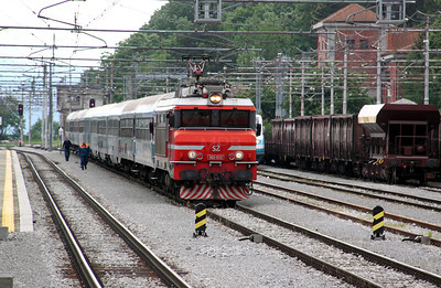 363 013 at Pivka on 20th June 2010