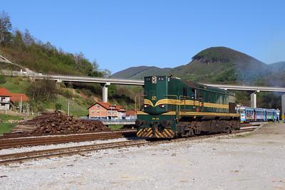 644 014 (94 79 2644 014-4) at Durmanec on 20th April 2015 working railtour (3)