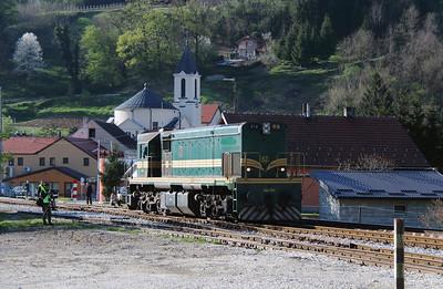 644 014 (94 79 2644 014-4) at Durmanec on 20th April 2015 working railtour (5)