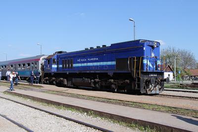 HZ, 2062 049 (98 78 2062 049-8) at Zabok on 20th April 2015 working railtour (1)