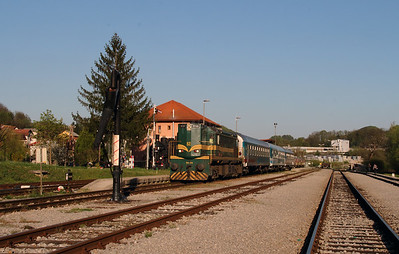 644 014 (94 79 2644 014-4) at Rogatec on 20th April 2015 working railtour (11)