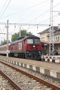 07 124 at Blagoevgrad on 4th October 2015 working PTG Railtour (6)