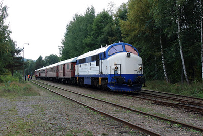1) Mx 1009 at Kvillsfors on 22nd September 2013 working railtour
