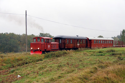 2) 261 at between Tuna and Totebo on 22nd September 2013 working railtour
