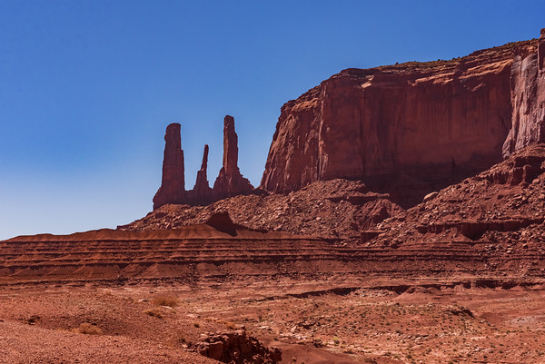 Monument Valley_Three Sisters-8995