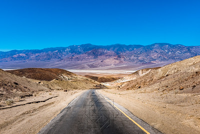 Long view of highway through artist drive in Death Valley