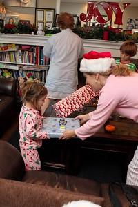 2015 Family Christmas_005