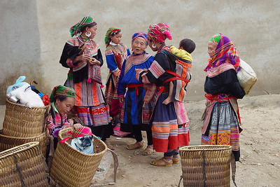 HILLTRIBE LADIES - BAC HA, VIETNAM