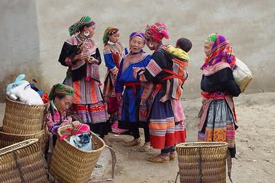HILLTRIBE LADIES - BAC HA, VIETNAM