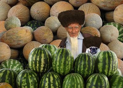 MELON MERCHANTS - TURKMENISTAN