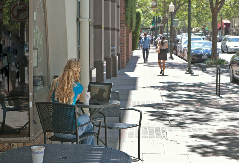 University Avenue's street life